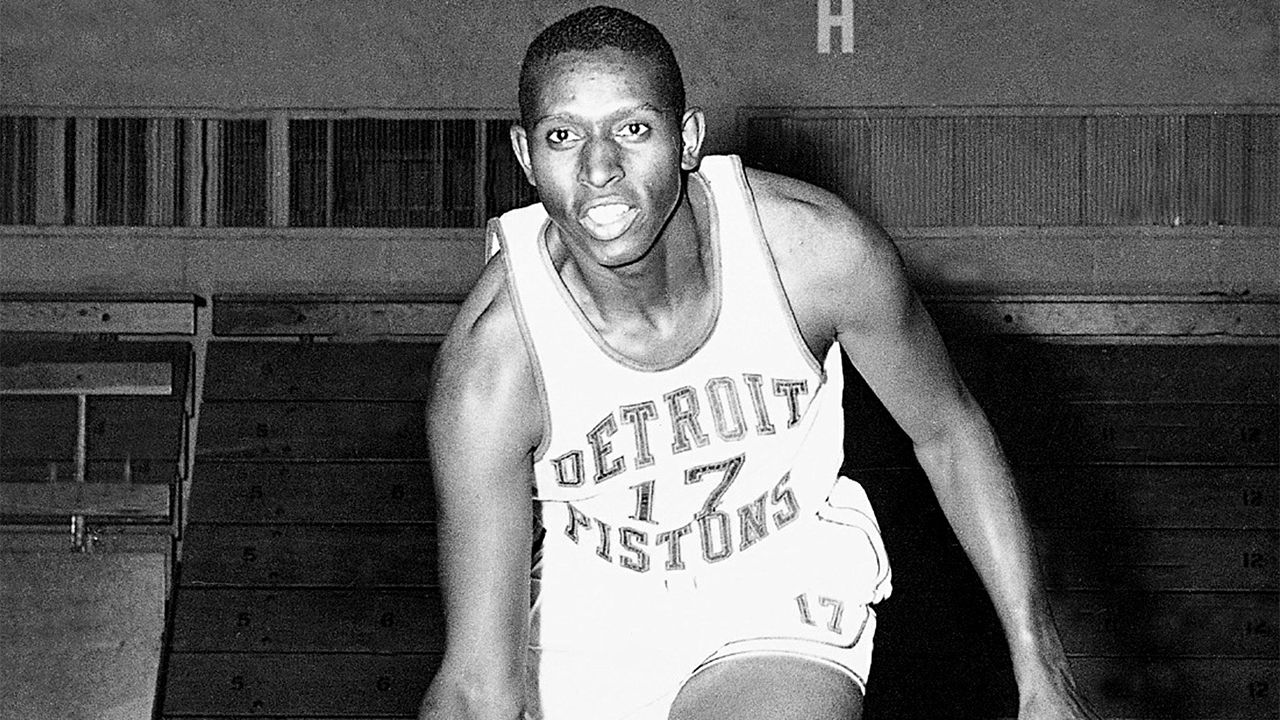 Earl Lloyd the NBA s first black player remembered